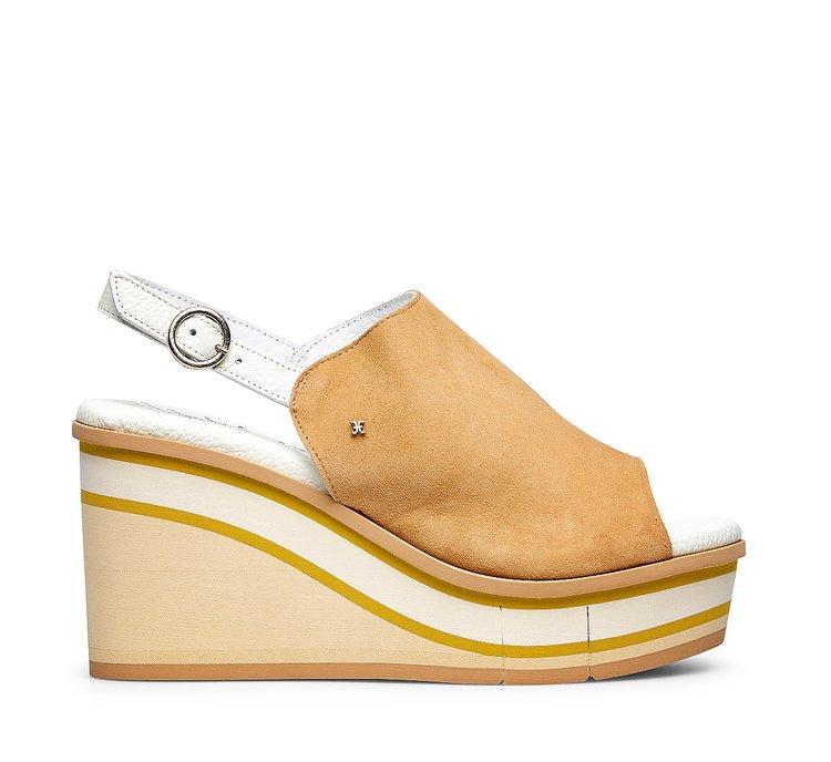 Sandal with platform bottom