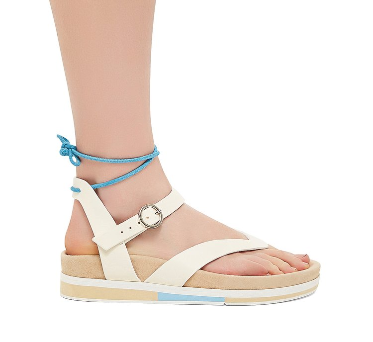 Thong sandal in suede and calfskin