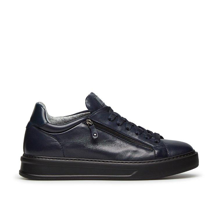 Sneaker in morbida nappa