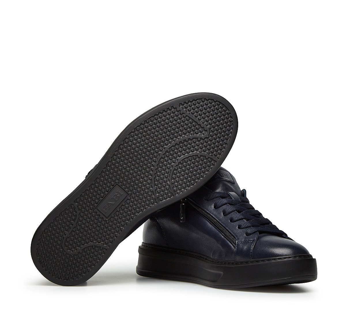 Sneakers in soft nappa leather