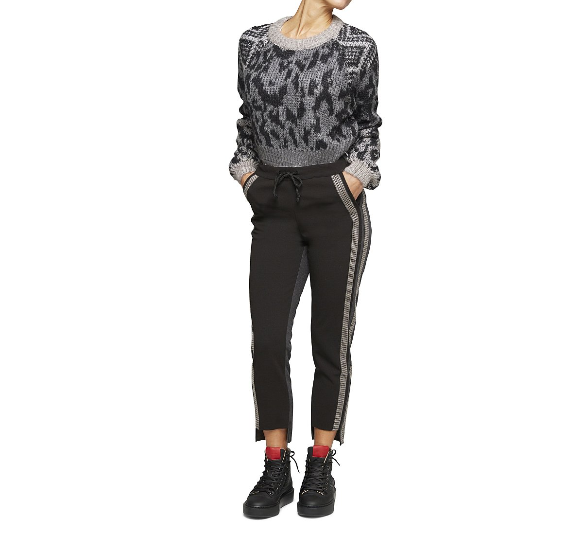 Stretch trousers in soft fabric