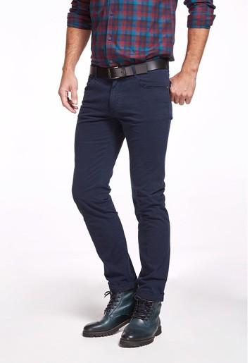 Pantalón 5 bolsillos semi slim