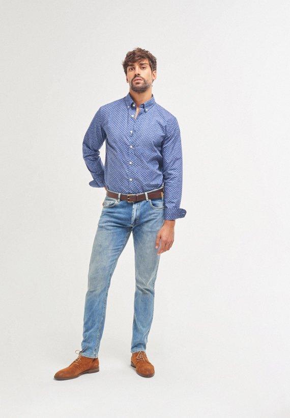 Pantalón vaquero claro slim