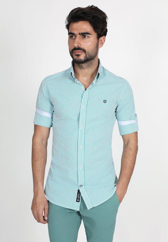 Camisa regular de rayas con contraste