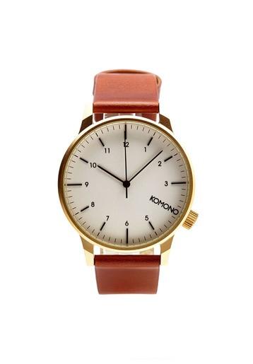 Reloj esfera blanca y pulsera marrón