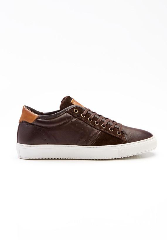 Zapatillas deportivas color chocolate