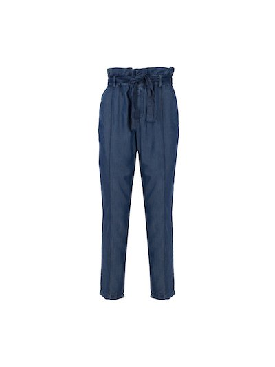 Paperbag jeans with belt.