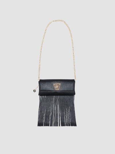 Shoulder bag with fringes