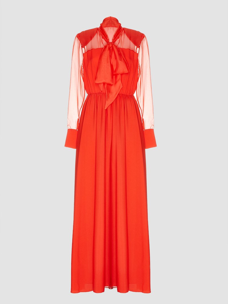 Long dress with ribbon detail on the neck