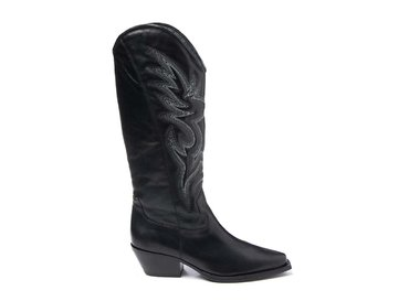 Black cowboy boot with embroidery