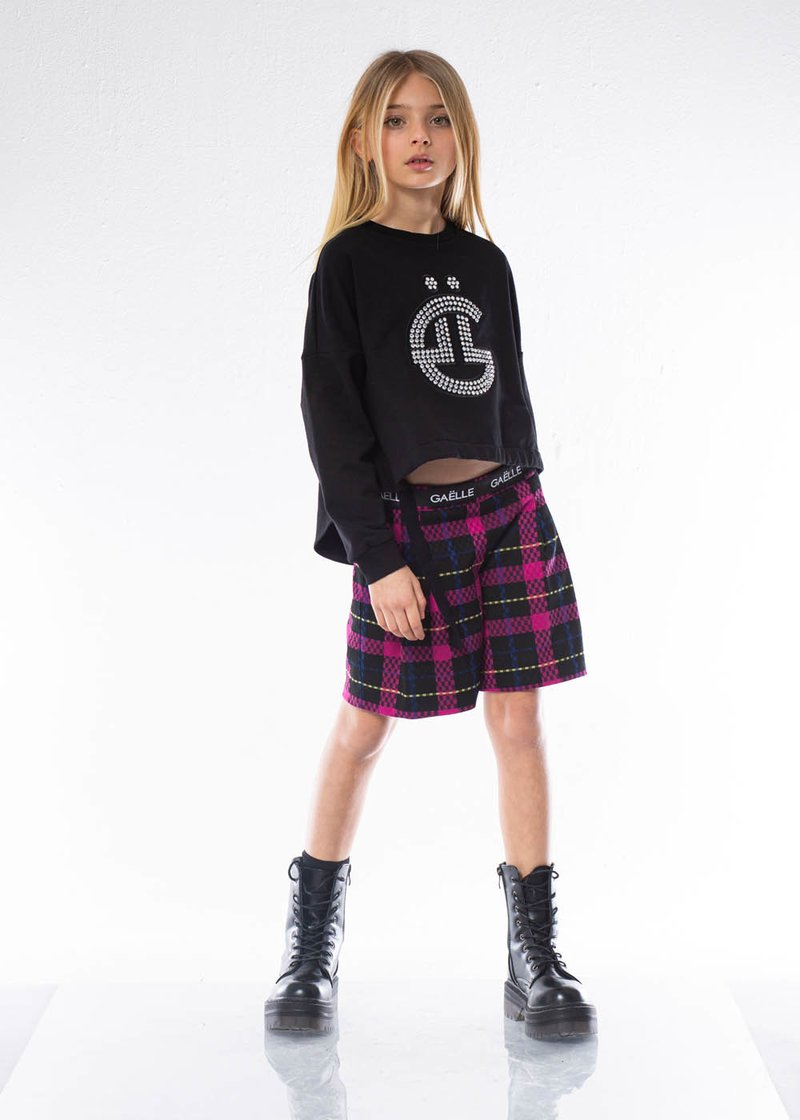 PLEATED SHORTS WITH TARTAN PATTERN