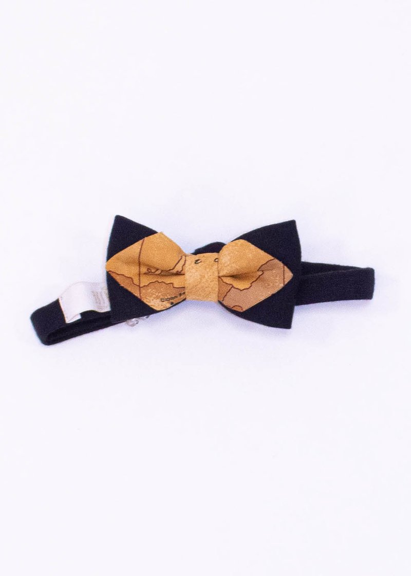 BLUE BOW TIE WITH GEO CLASSIC PRINTING