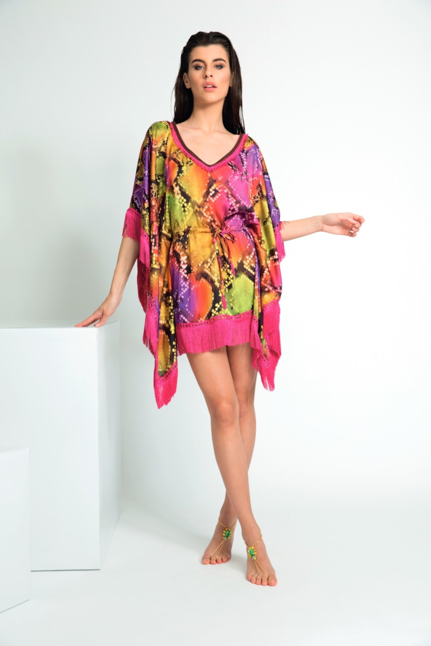 VISCOSE PONCHO WITH FRINGES AND WAIST DRAWSTRING - Pitone Fuxia