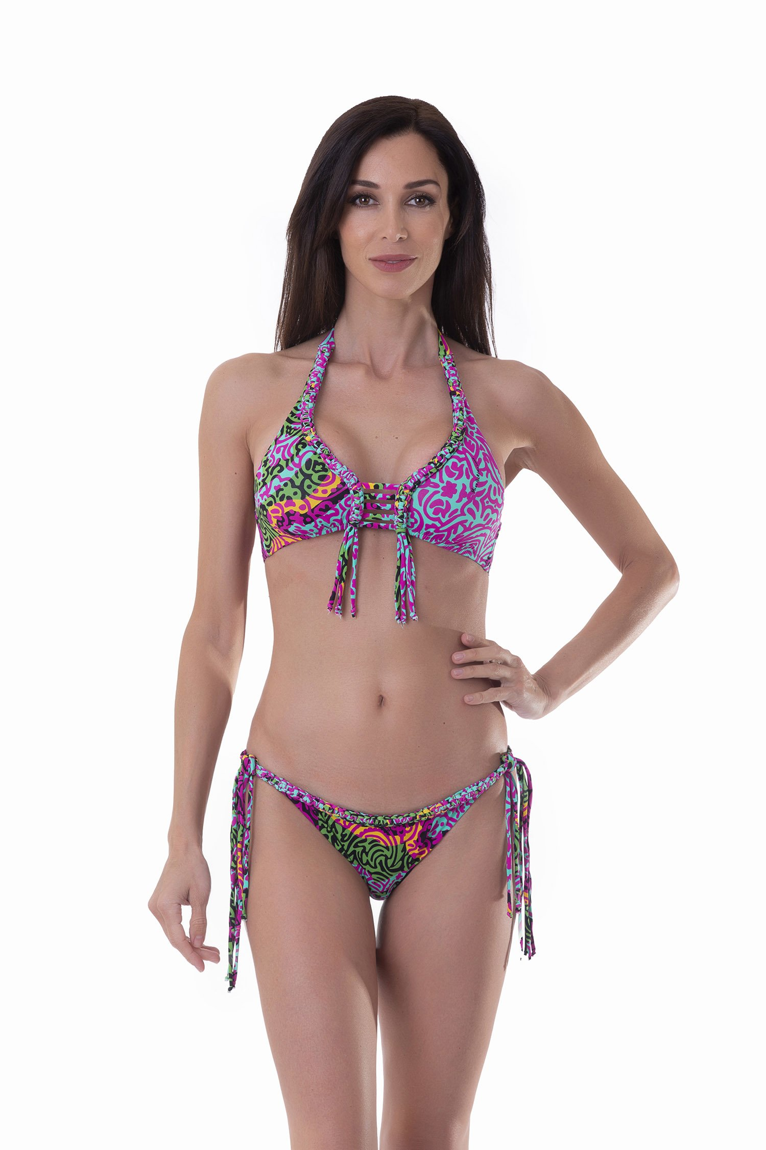 BIKINI LUXE A TRIANGOLO A FANTASIA CON SCOLLO ALL'AMERICANA E APPLICAZIONI IN MACRAME' - India Pop Fuxia