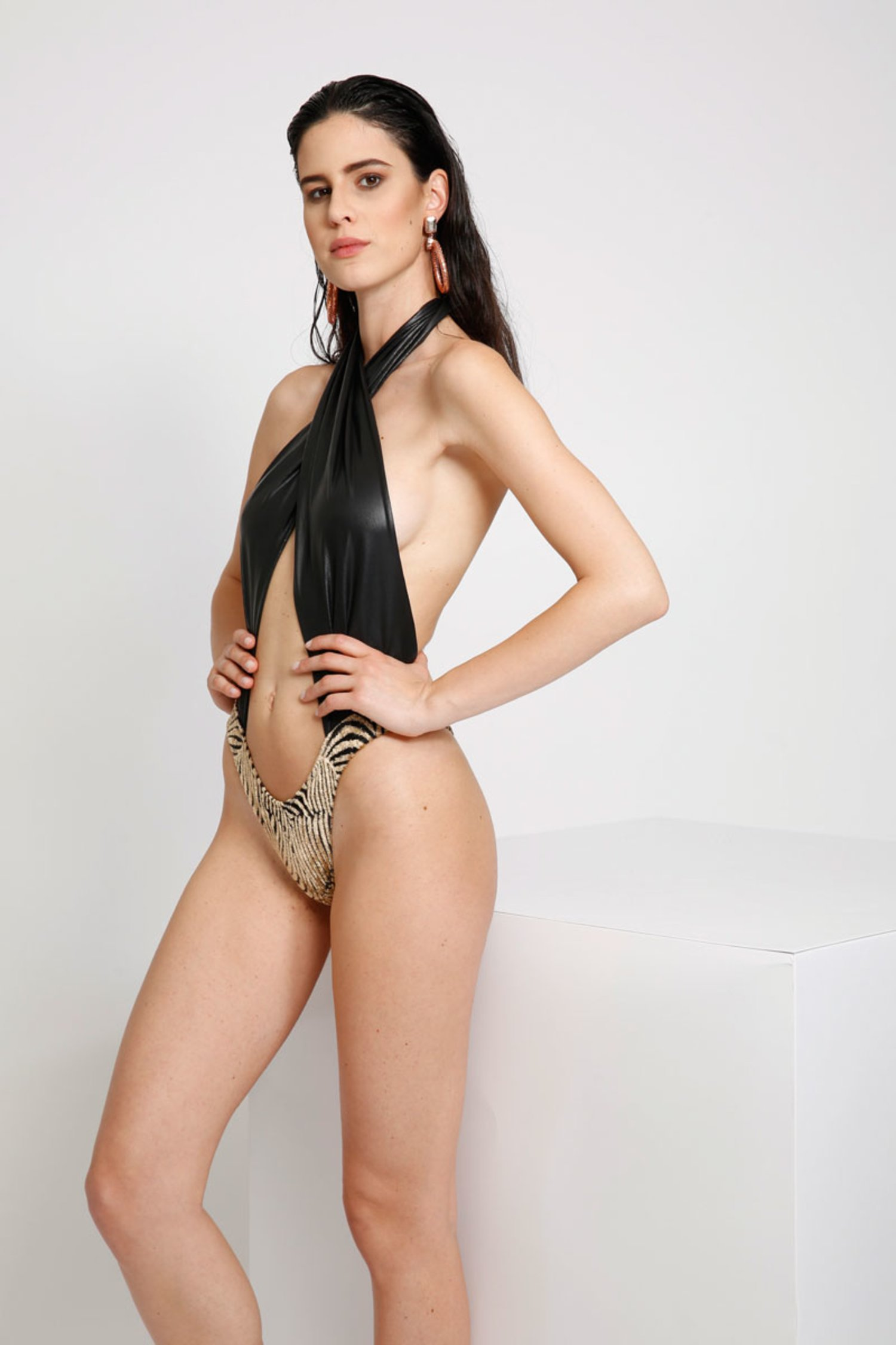 LUXE FRONT WRAP ONE-PIECE WITH DEVORE' BOTTOM - Devore' Nero