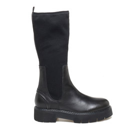 Leather boots with elastic wool fabric