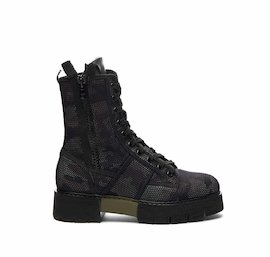 Women's Amtrac military boot in camouflage mesh