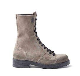 Stewart beige suede boots