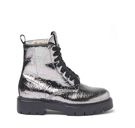 Amtrac crackled leather military boots with a sheepskin lining