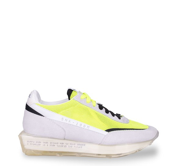 SNK-100M trainers in white suede and fluorescent mesh