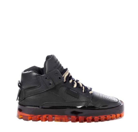 Women's Bold black shoes with orange sole