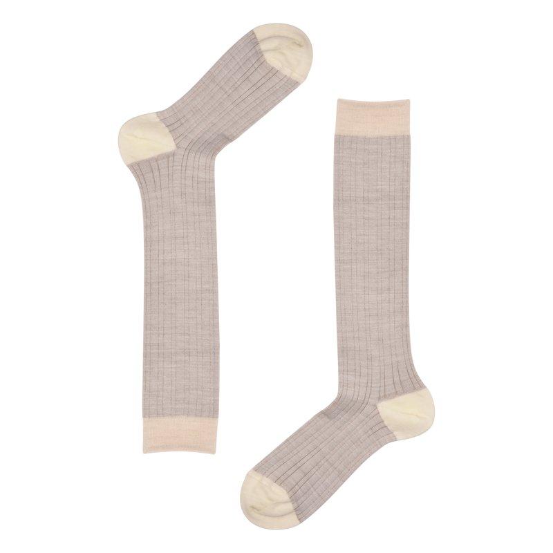 Ribbed long socks in wool