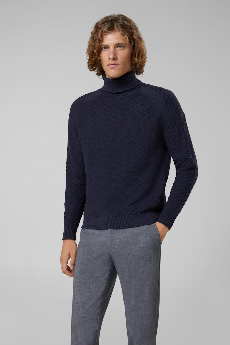 KNIT BASKET TURTLE NECK