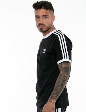 T-shirt Adidas con profili a contrasto