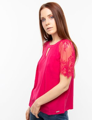 Top Guess con pizzo