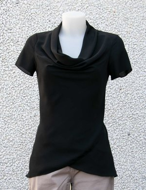 T-shirt Vougue con scollo fluido