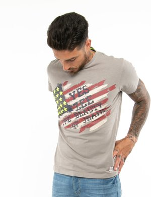 T-shirt Yes Zee con stelle in rilievo