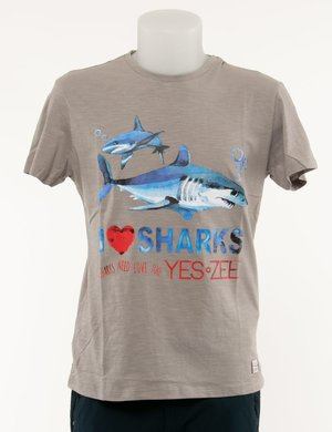 T-shirt Yes Zee stampata