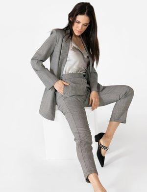 Pantalone Vougue con bottone a contrasto