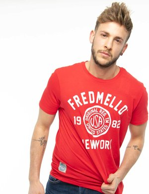 T-shirt Fred Mello con scritta effetto rovinato
