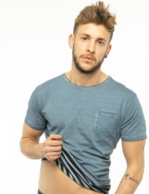 T-shirt Fred Mello con taschino - Azzurro