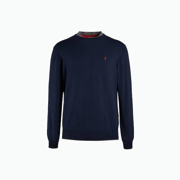 B138 sweater