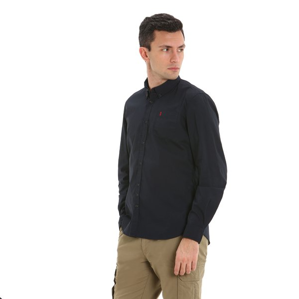 C19 men's shirt with button-down collar and pocket
