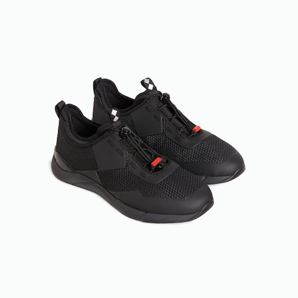Win-D sailing shoes with no-marking sole