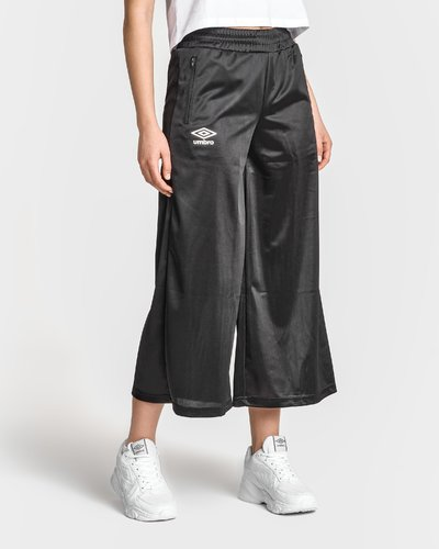Ankle pant with side pockets