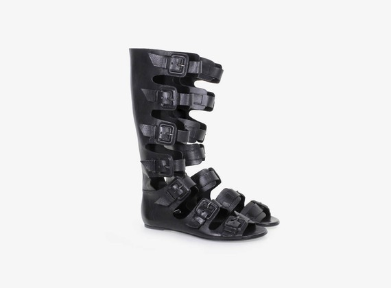 Multi-buckle open sandal/boot