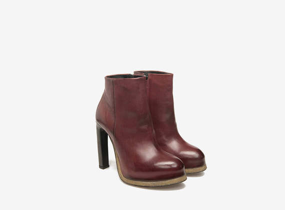 Burgundy mini platform ankle boots