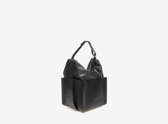 Cubic bottom satchel