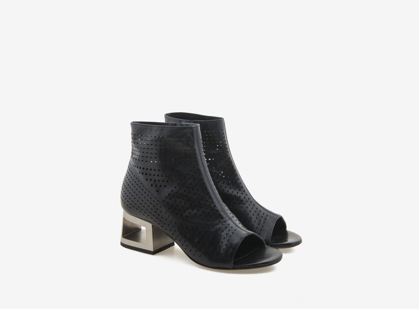 heeled ankle boots peep toe