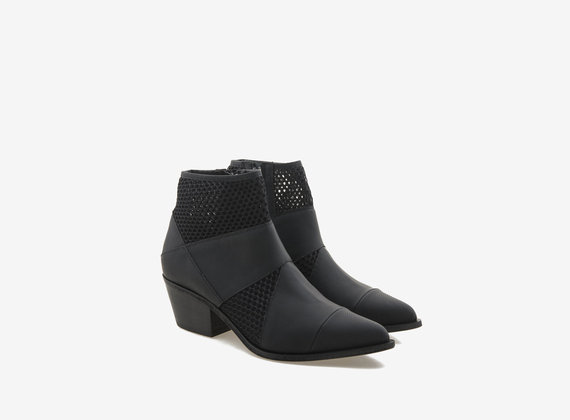 Patchwork ankle boot in gummed leather and mesh