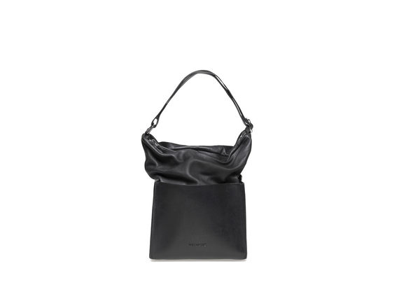 Bucket bag with square bottom