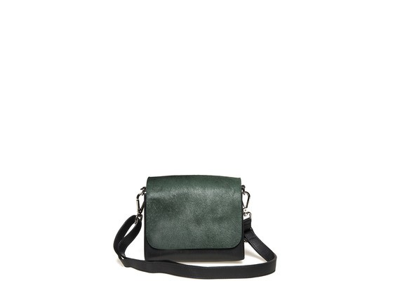 Satchel with pony skin effect flap
