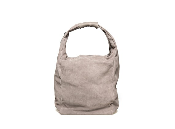 Soft bag with a zip closure