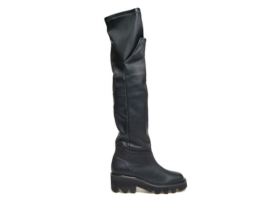 Stretch leather boots with reversible flap
