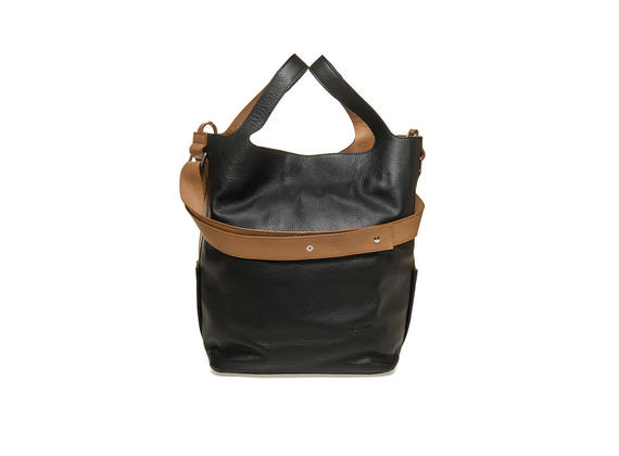 Maxi bag with contrast shoulder strap