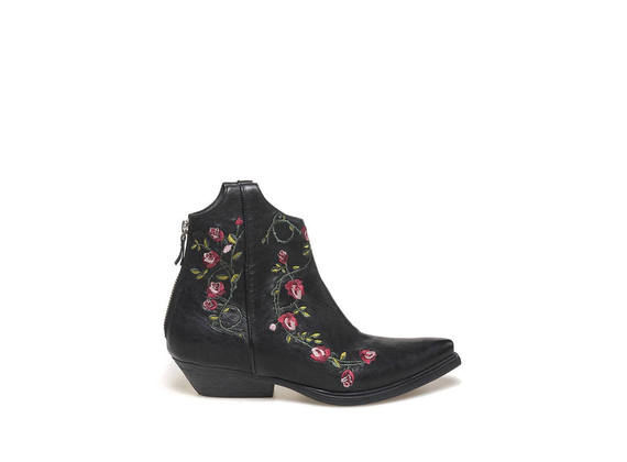 Texan half boot with floral embroidery